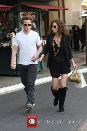 Joseph Cross and Anna Friel shopping together at The Grove in Hollywood Los Angeles, California - 22.03.10