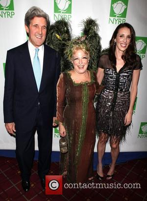 John Kerry, Bette Midler