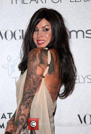 Kat Von D The 3rd Annual Art of Elysium Gala in Beverly Hills - Arrivals Los Angeles, California - 16.01.10