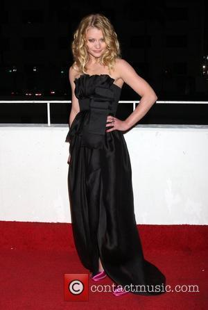 Emilie de Ravin The 3rd Annual Art of Elysium Gala in Beverly Hills - Arrivals Los Angeles, California - 16.01.10