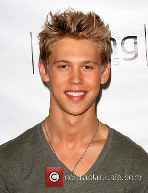 Austin Butler visiting Gifting Services held at the Gifting Services Showroom Los Angeles, California - 29.07.10