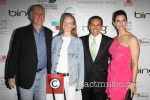 James Cameron, Suzy Amis, LA Mayor Antonio Villaraigosa and Lu Parker