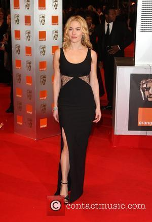 kate winslet dressess. Kate Winslet