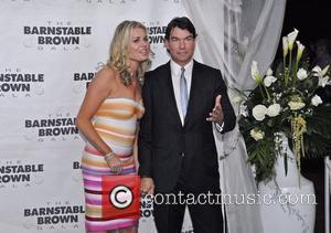 Jerry O'Connell and Rebecca Romijn  The Barnstable Brown Gala at the 136th Kentucky Derby Louisville, Kentucky - 30.04.10