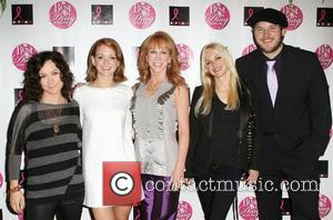 Sara Gilbert, Anna Faris, Chris Pratt, Jayma Mays and Kathy Griffin