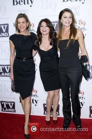 Wendie Malick, Betty White, Jane Leeves and Valerie Bertinelli