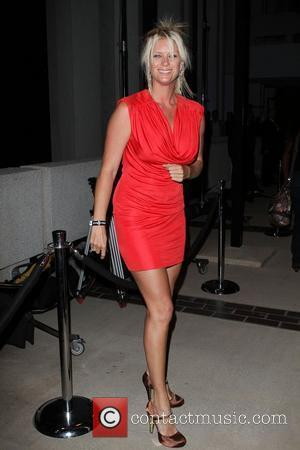 Rachel Hunter Blackberry Torch From AT&T U.S. Launch Party - Arrivals Los Angeles, California - 11.08.10