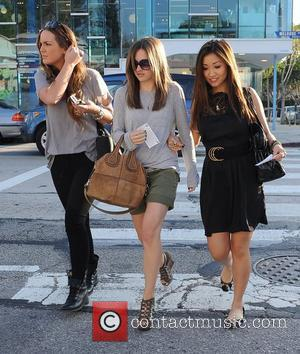Brenda Song leaving Kitson after shopping with friends Los Angeles, California - 19.01.11