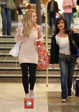 Singer Britney Spears  leaves the mall with her mother Lynne Irene, after shopping at several stores, GAP, Barneys, Bebe...