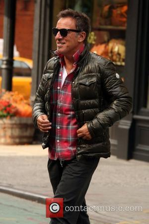 Bruce Springsteen Wows At Wonder Bar