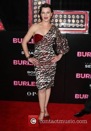Debi Mazar Los Angeles Premiere of Burlesque held at the Grauman's Chinese Theatre - Arrivals Los Angeles, California - 15.11.10