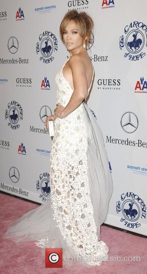 Jennifer Lopez, Beverly Hilton Hotel