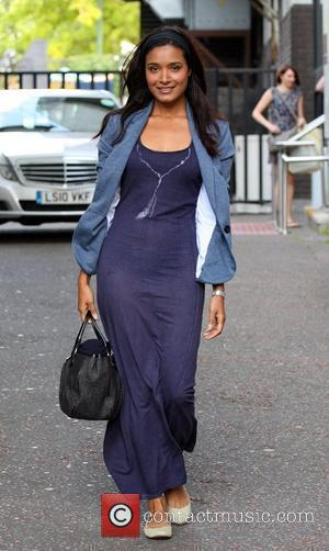 Shelley Conn leaves the ITV studios London, England - 03.08.10