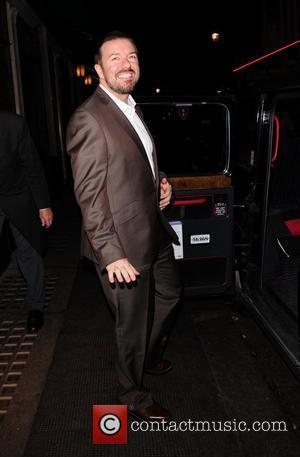 Ricky Gervais leaves The Ivy restaurant in London's West End London, England - 16.09.10