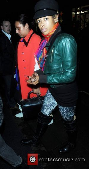 Kelis' Tv Wardrobe Malfunction