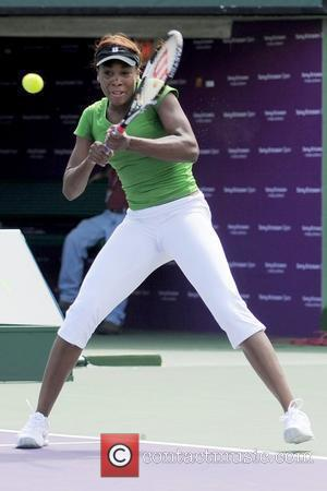 Venus Williams warming up Celebrities at the Sony Ericsson Open Key Biscayne, Florida - 23.03.10