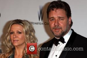 Danielle Spencer and Russell Crowe 2010 Cannes International Film Festival - Day 9 - amfAR's Cinema Against AIDS Gala -...