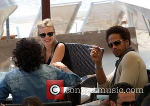 Gary Dourdan has lunch with friends at a restaurant during the 2010 Cannes International Film Festival - Day 8 Cannes,...