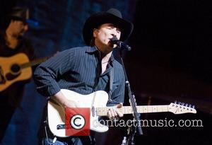 Clint Black's Father Dies