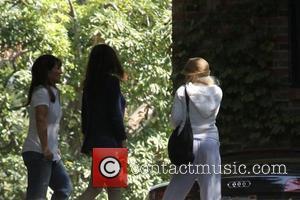 Christina Aguilera, Ben Harper, Courteney Cox, David Arquette, Jordan Bratman, Laura Dern and The Music