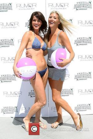 Elizabeth Kitt and Natalie Getz and Las Vegas