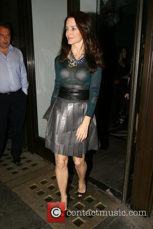 Sex And The City actress Kirsten Davis leaving Claridges hotel to meet friends for dinner at Cecconi's restraunt London, England...