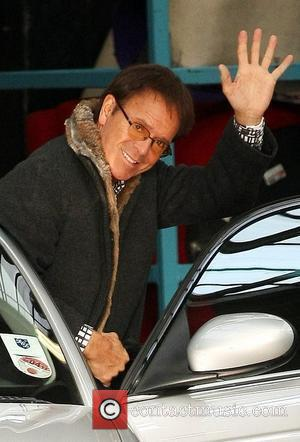 Sir Cliff Joins Facebook