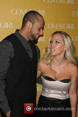 Hank Baskett and Kendra Wilkinson  COVERGIRL Celebrate their 50th Anniversary at BOA Steakhouse West Hollywood, California - 05.01.11