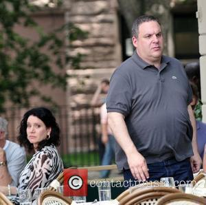 Susie Essman and Jeff Garlin on set during the filming of 'Curb Your Enthusiasm' New York City, USA - 29.06.10