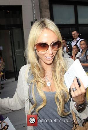 Tish Cyrus leaving Gemini 14 hairdressers New York City, USA - 16.06.10