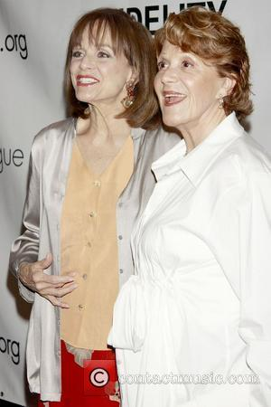 Valerie Harper and Linda Lavin 76th Annual Drama League Awards Ceremony and Luncheon held at the Marriott Marquis Hotel -...