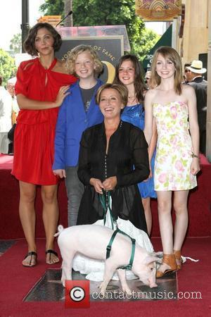 Maggie Gyllenhaal, Eros Vlahos, Rosie Taylor-Ritson, Lil Woods and Emma Thompson