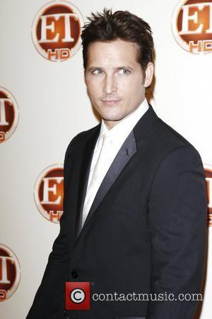 Facinelli's Daughter Embarrassed By Twilight Links