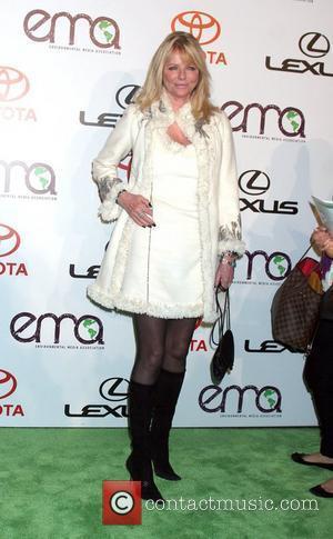 Cheryl Tiegs arrives to the 2010 Environmental Media Association Awards held at the Warner Bros. Studios Burbank, California - 16.10.10