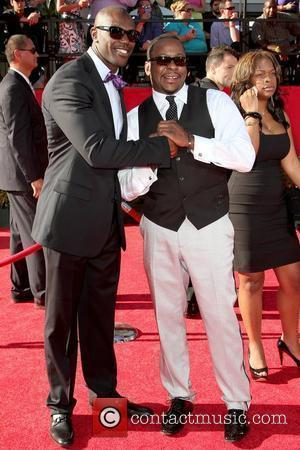 Terrell Owens and Bobby Brown 2010 ESPY Awards at Nokia Theatre L.A. Live - Arrivals Los Angeles, California - 14.07.10