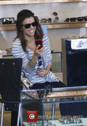 'Desperate Housewives' star Eva Longoria Parker leaves Dan Deutsch Optical Outlet after trying on sunglasses and buying one pair. Los...