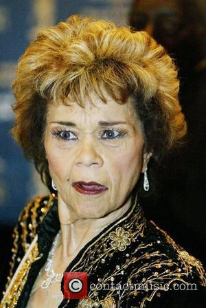 Etta James 'One Of The Greatest', Says Beyonce