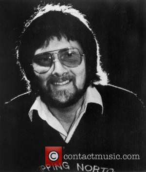 Gerry Rafferty Given Posthumous Hometown Honour