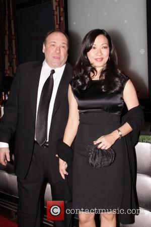 James Gandolfini and his wife Deborah Lee 2009 New York Film Critics Circle Awards at Crimson - Inside Arrivals New...