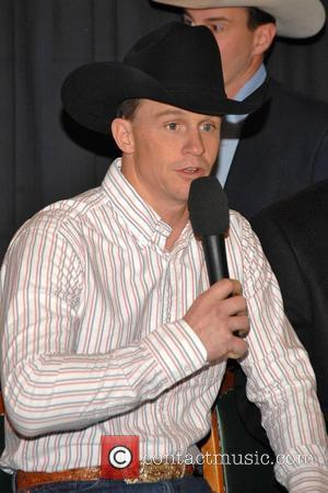 Ty Murray and Garth Brooks