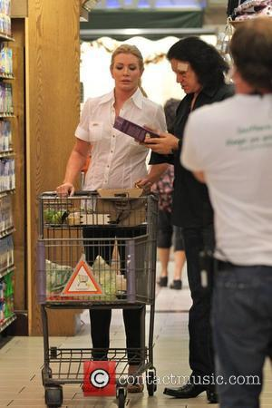 Shannon Tweed and Gene Simmons shopping for groceries Kiss frontman Gene Simmons and his longtime partner Shannon Tweed leave Bristol...