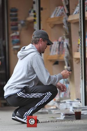 Eric Dane dressed in casual sports wear, outside the Kings Road Cafe in West Hollywood Los Angeles, USA - 18.10.10