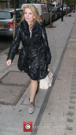 Gillian McKeith  going for breakfast with her daughter in central London London, England - 10.12.10