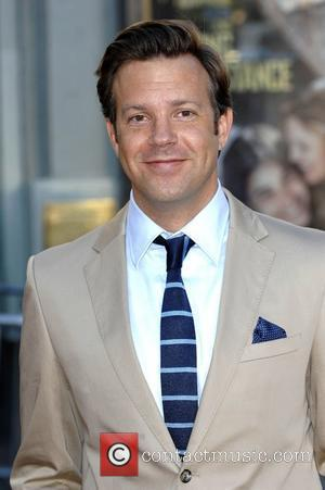 Sudeikis: 'I Am Dating January Jones'