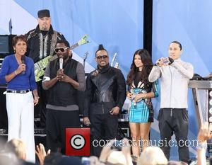 Robin Roberts, Black Eyed Peas and Fergie
