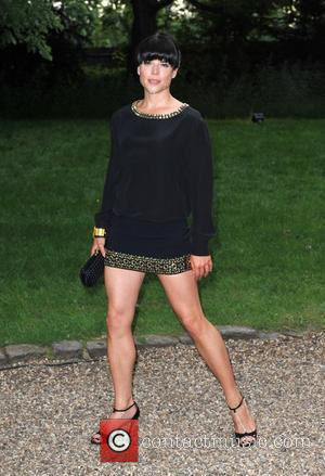 Hampton Court Palace, Neve Campbell