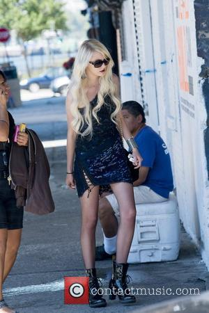 Taylor Momsen and Gossip Girl