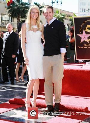 Gwyneth Paltrow and Matthew Morrison