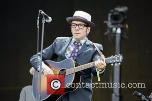 Hard Rock Calling, Elvis Costello