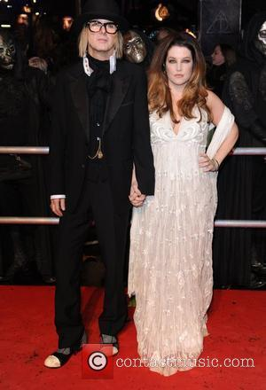 Lisa Marie Presley with her husband Michael Lockwood World Premiere of 'Harry Potter and the Deathly Hallows Part 1' held...